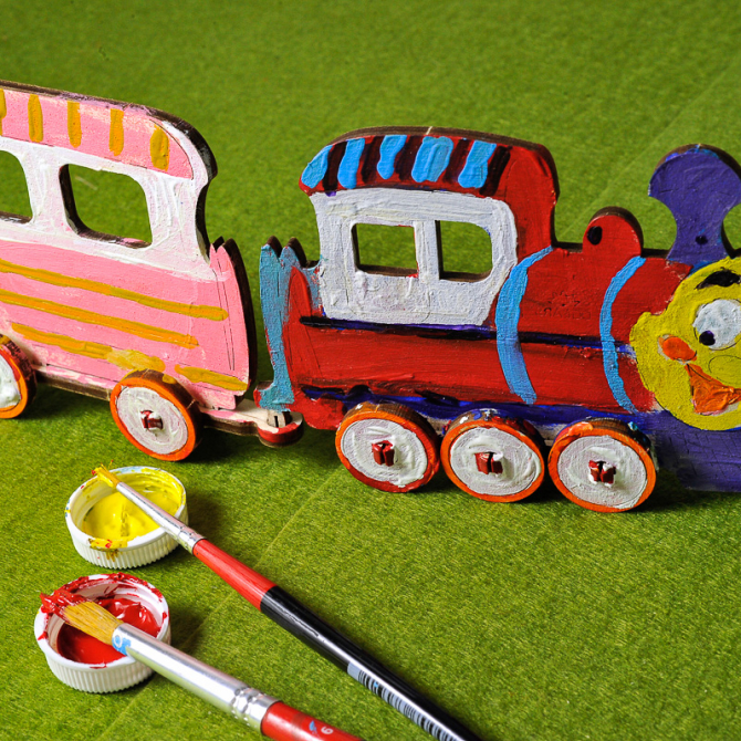 Ugears 4Kids coloring Locomotive 3