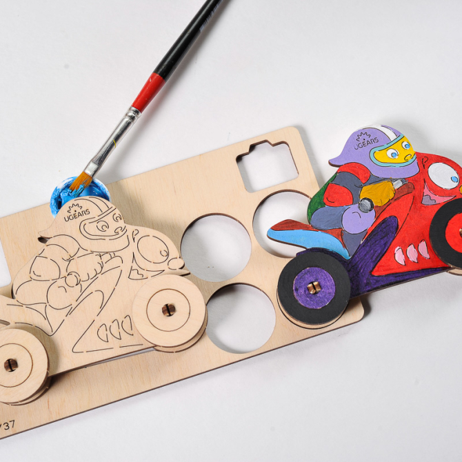 Ugears 4Kids coloring Motocyclist 3