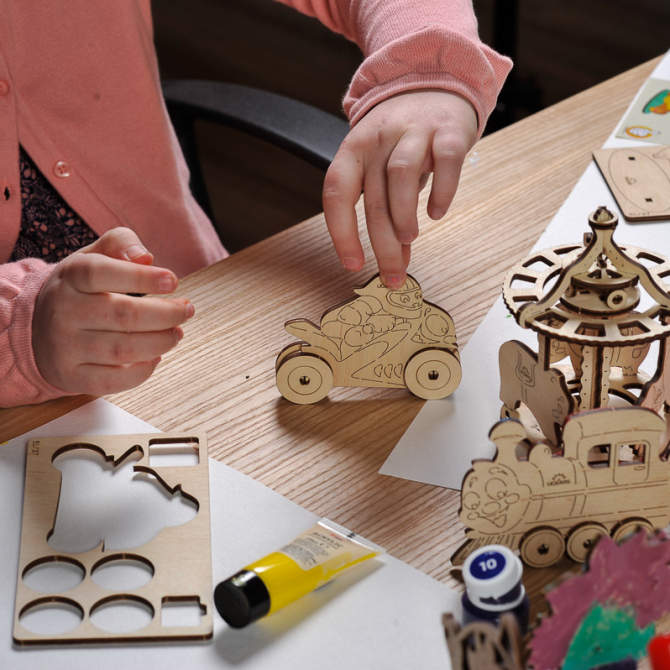 Ugears 4Kids coloring Motocyclist 8