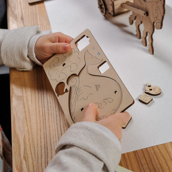 Ugears 4Kids coloring Whale 4